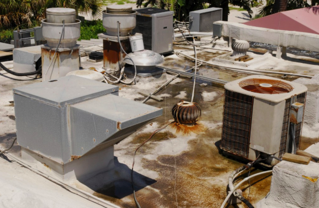 5 Signs Your Commercial Roof Has A Leak